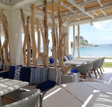 Décoration en bois dans les hôtels/restaurants