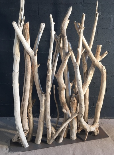 Paravent en branches de bois flotté en 7/10cm de diamètre