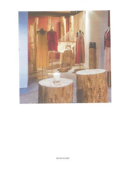 Décoration en bois écorcé pour la société Mage
